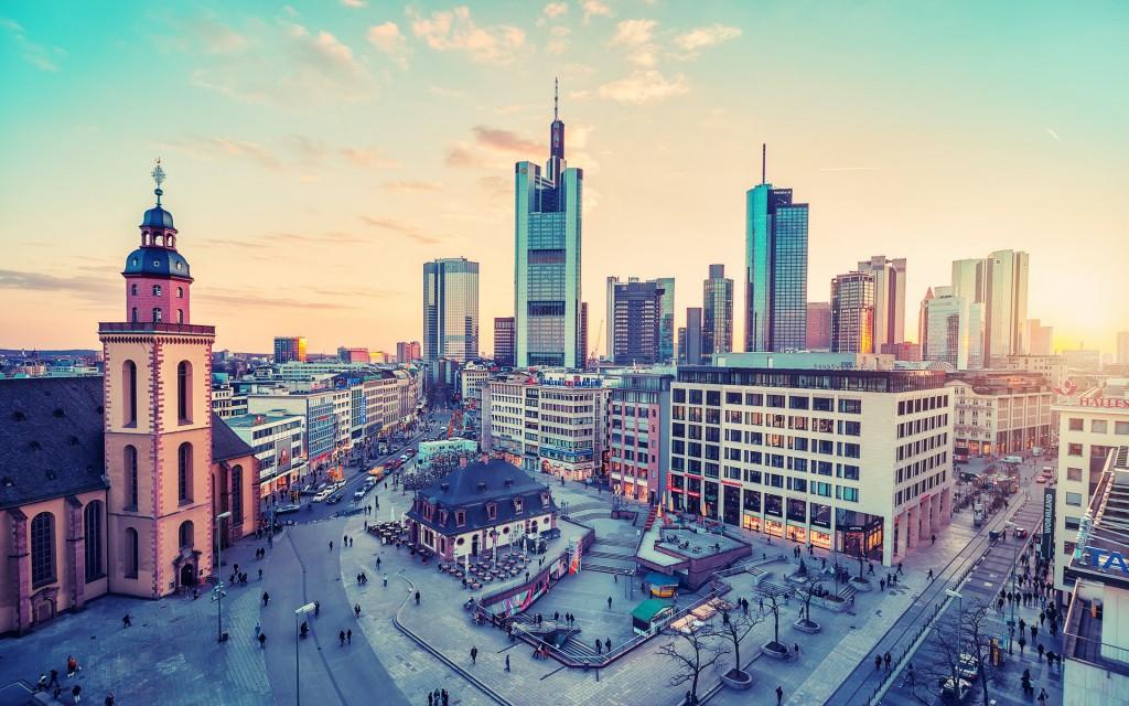Lėktuvų bilietai į Frankfurtą